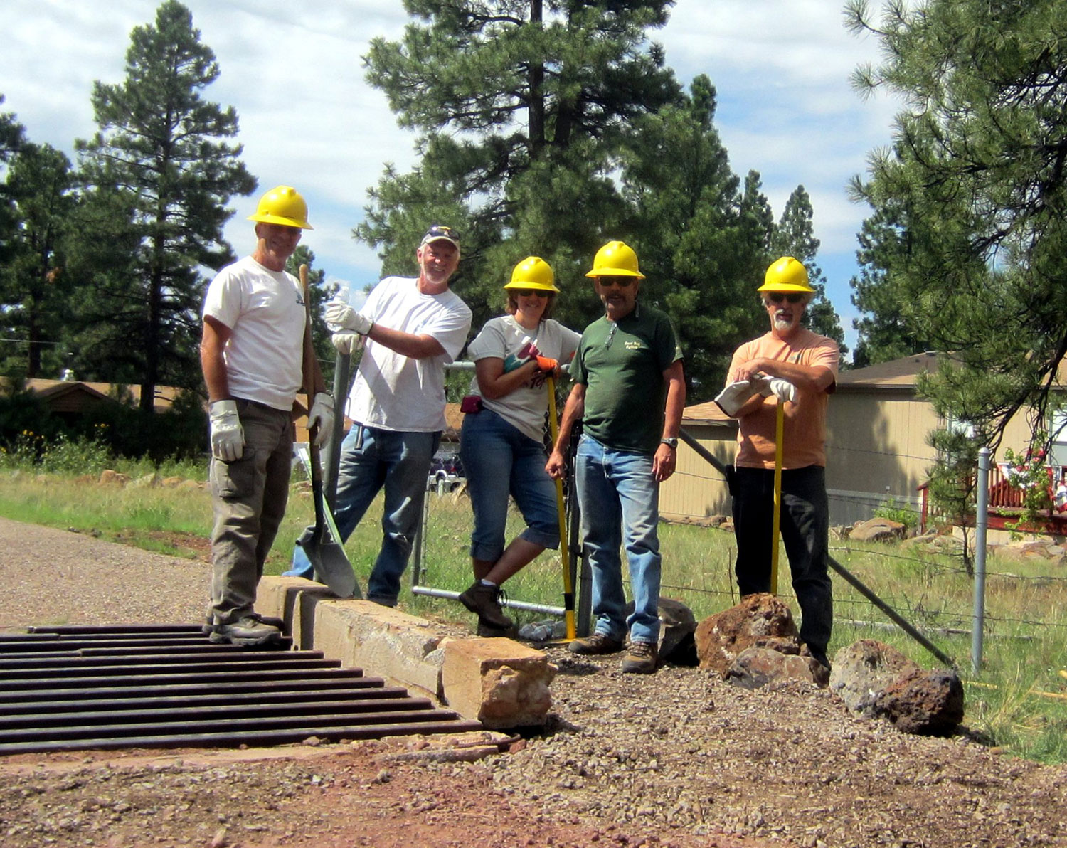 MUTS Work Crew at Ironhead Trailhead Entrance